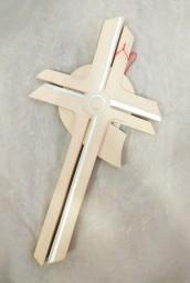 Auferstehungskreuz aus Holz mit Blattsilber